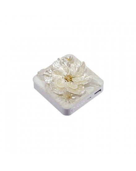 Pearly Rose Power Bank