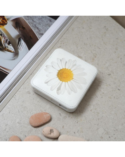 Daisy Solitaire Power Bank
